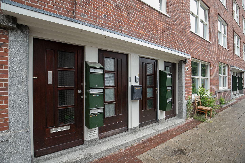 Bekijk foto 3 van Bloys van Treslongstraat 14 II