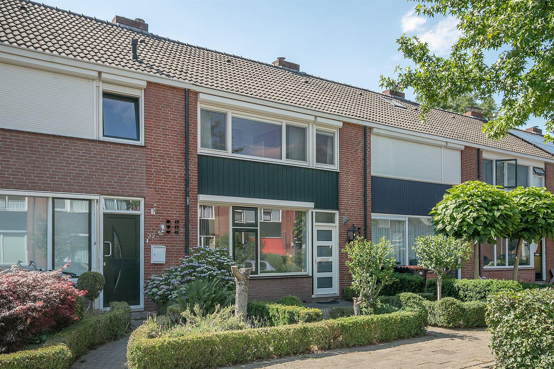 Bekijk foto 1 van Piet Heinstraat 30