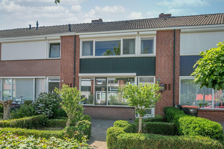 Bekijk foto 2 van Piet Heinstraat 30