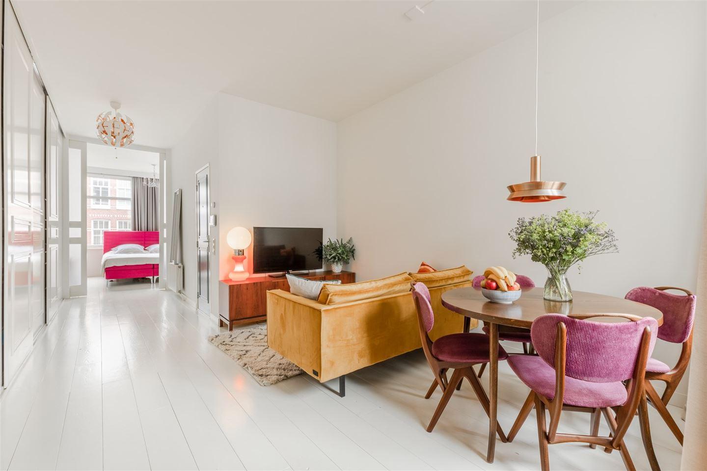 Bekijk foto 2 van Van Hogendorpstraat 147 -2