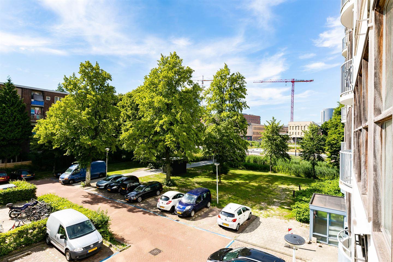 Bekijk foto 4 van Harry Koningsbergerstraat 124