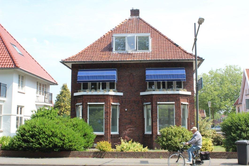 Bekijk foto 1 van van Beresteijnstraat 23 23a