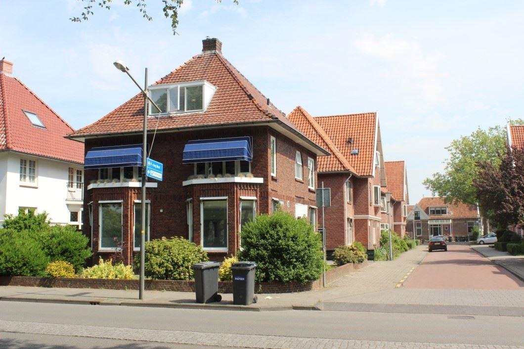 Bekijk foto 3 van van Beresteijnstraat 23 23a