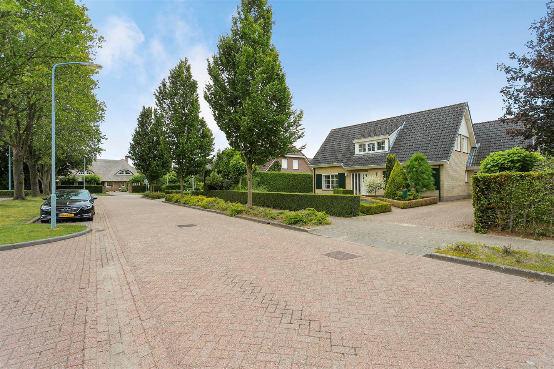Bekijk foto 3 van Veenhuisweg 58