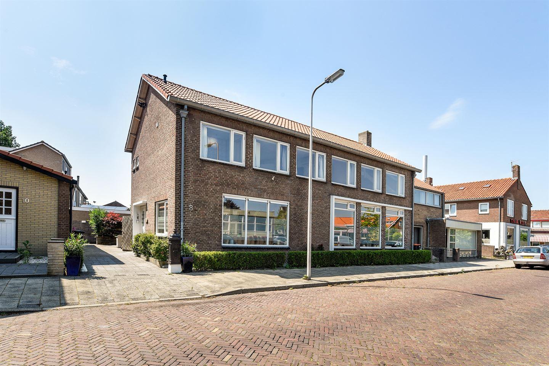 Bekijk foto 1 van Jhr. K.W.L. de Muraltstraat 8