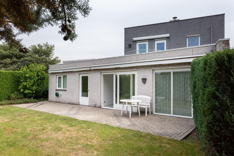Bekijk foto 3 van Martinus Nijhoffstraat 2
