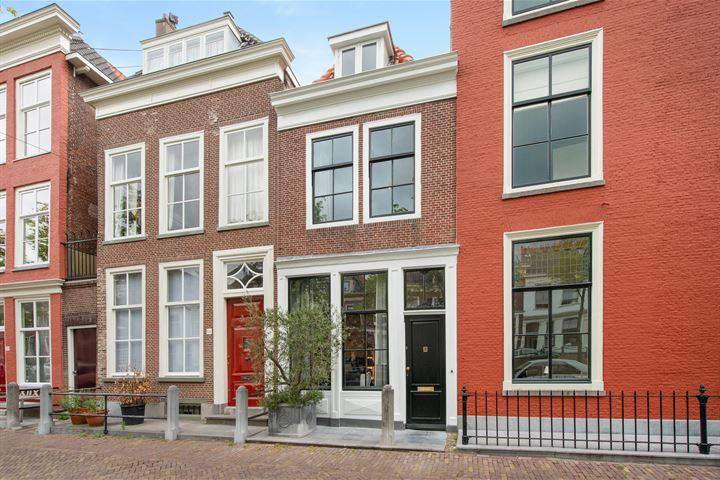 Oude Delft 196