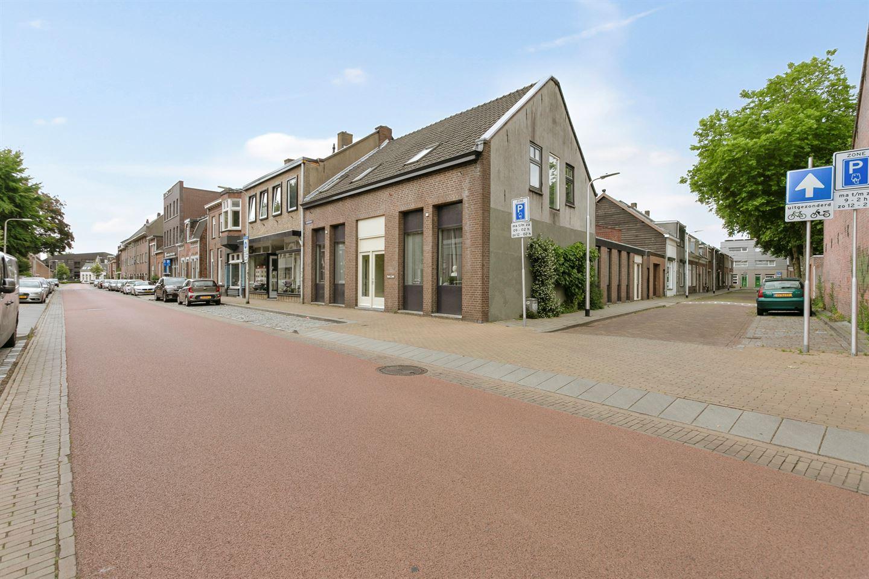 Bekijk foto 2 van Sint Josephdwarsstraat 8