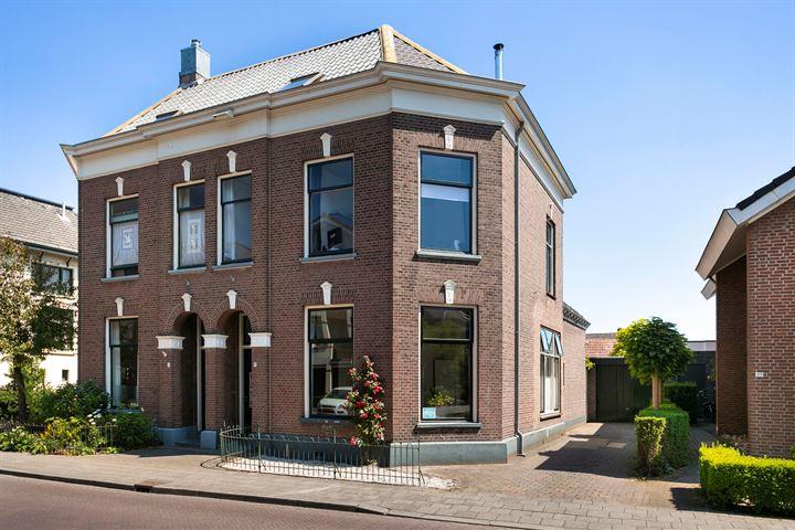 Spoorstraat 33