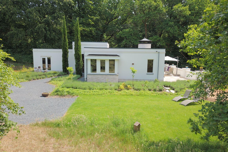 View photo 3 of Bergweg 13