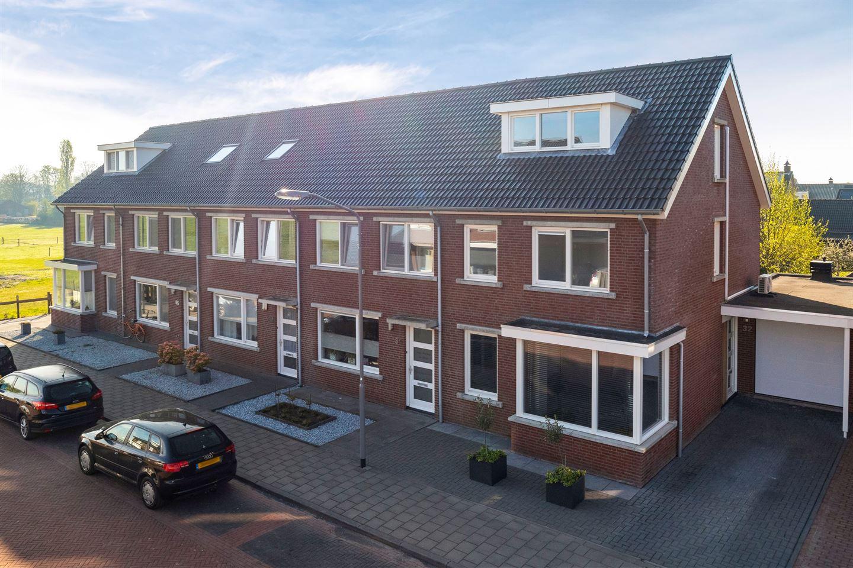 View photo 1 of De Dorsvlegel 32