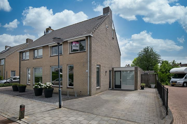 Steenloperstraat 16