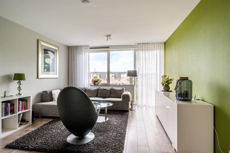 Bekijk foto 2 van Johan de Wittstraat 31