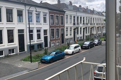 Bekijk foto 2 van Johan de Wittstraat 73