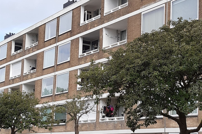 Bekijk foto 2 van Corantijnstraat 90