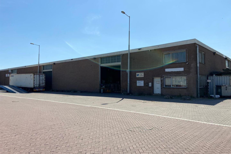 Bekijk foto 1 van Van Veenendaalweg 5