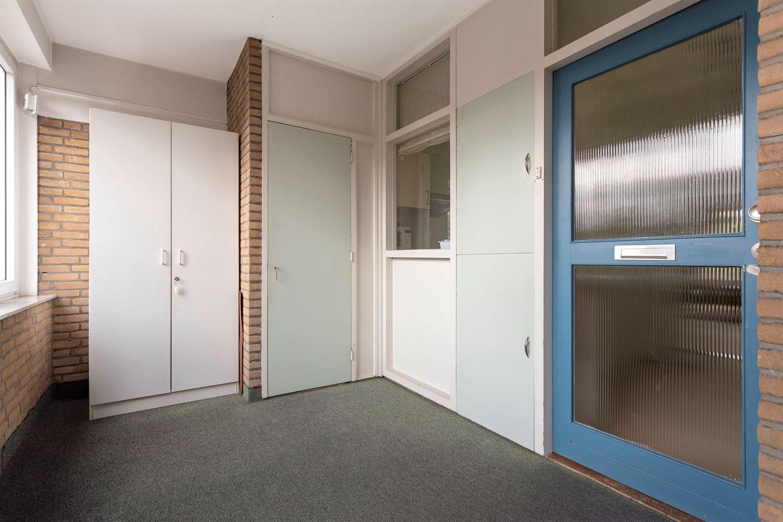 View photo 3 of Stationsplein 46