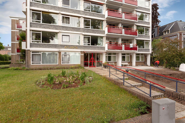 View photo 2 of Stationsplein 46