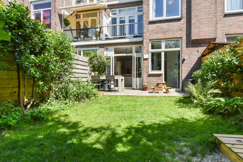 Bekijk foto 2 van Van Diepenburchstraat 64