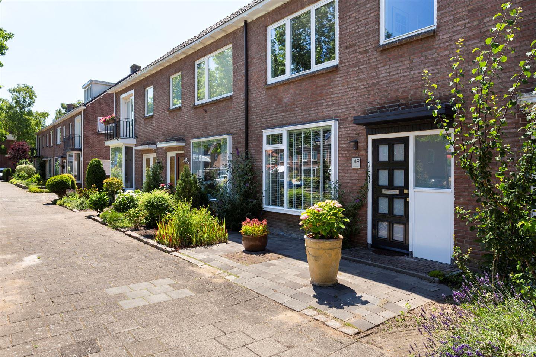 Bekijk foto 1 van Constantijn Huygensstraat 49
