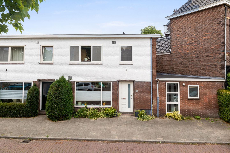 Bekijk foto 1 van Oranjestraat 23