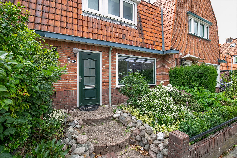 View photo 2 of Professor Kochstraat 35