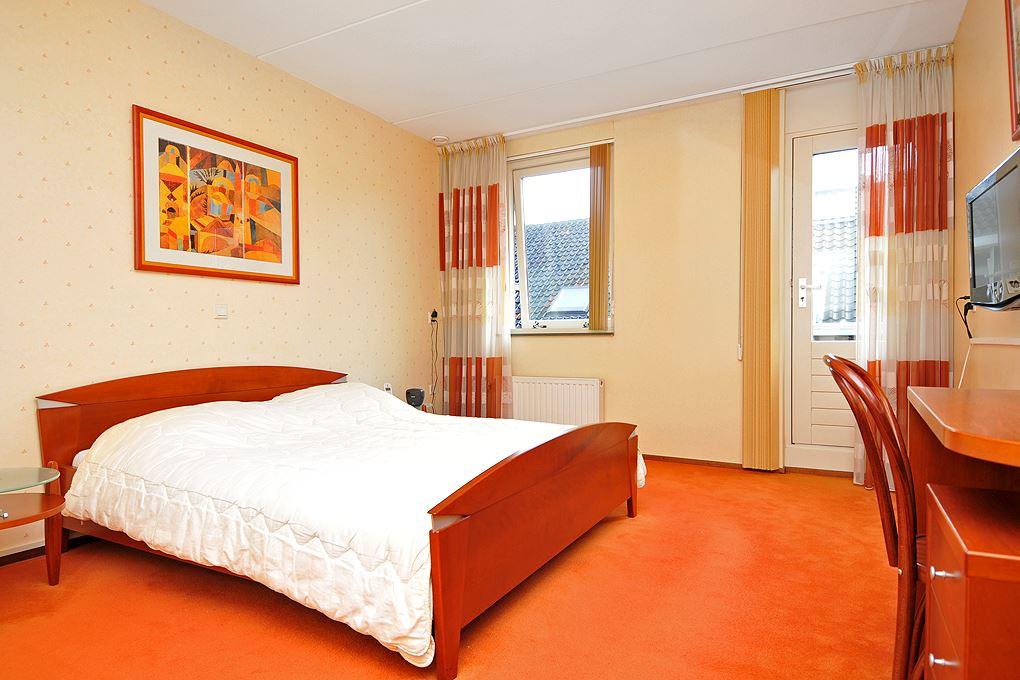 View photo 6 of Herenstraat 37