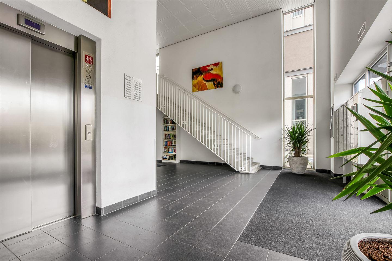 Bekijk foto 2 van Willem Augustinstraat 137