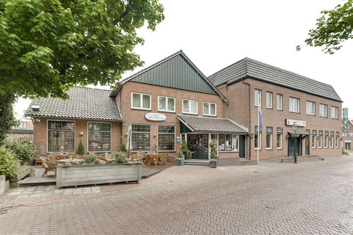 Martinusplein 25, Losser