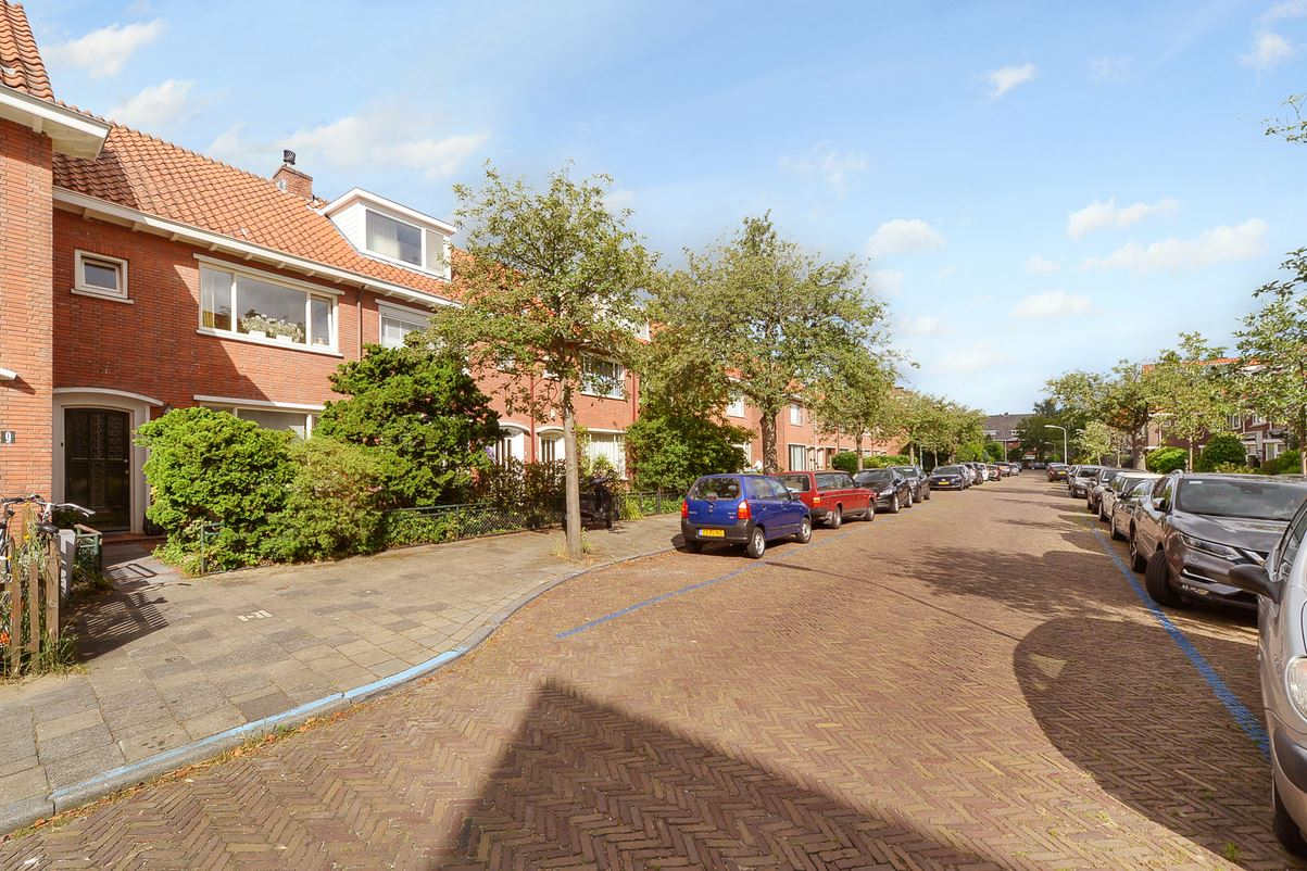 Bekijk foto 2 van van Lugtenburgstraat 11