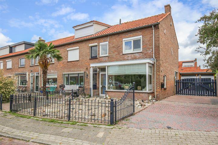 Piet Heinstraat 2 *