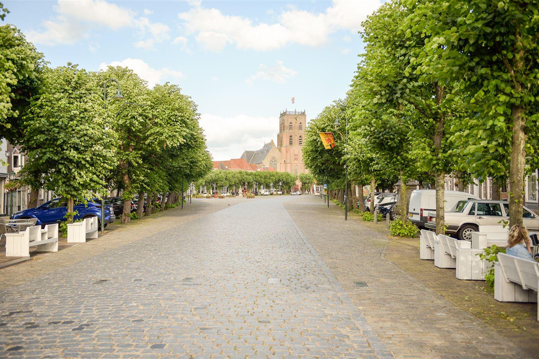 View photo 3 of Markt 58