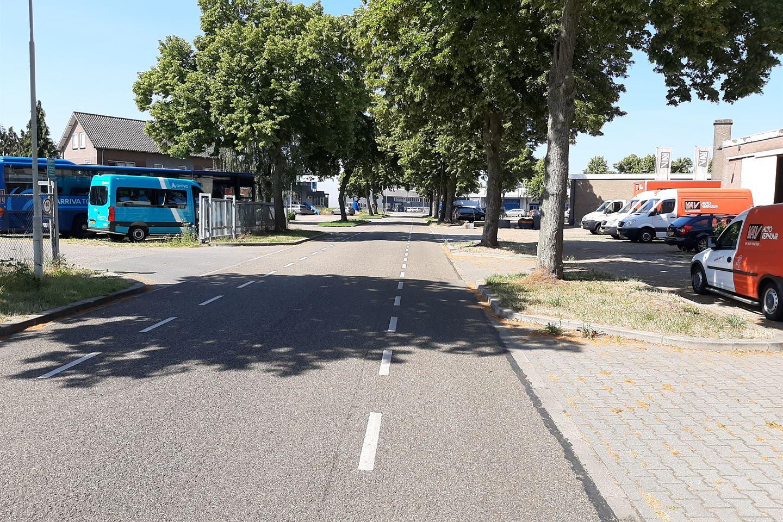 Bekijk foto 3 van Industriestraat 30