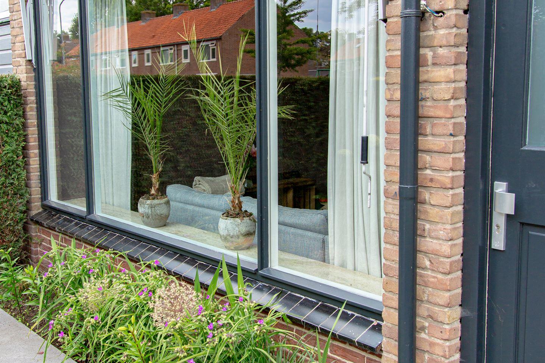 Bekijk foto 3 van Johannes Vermeerstraat 40