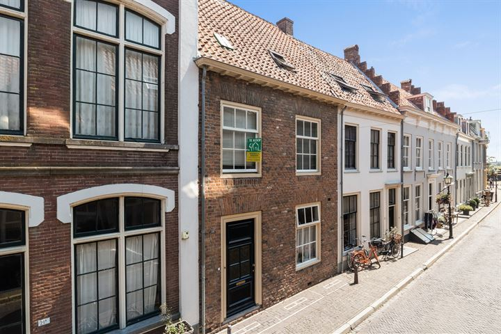 Oeverstraat 21 A