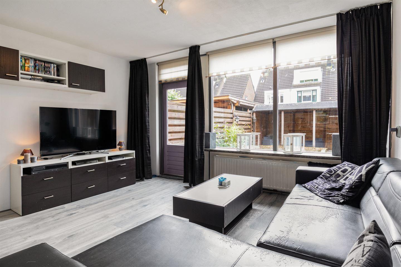 Bekijk foto 3 van Pieter de Hooghstraat 40