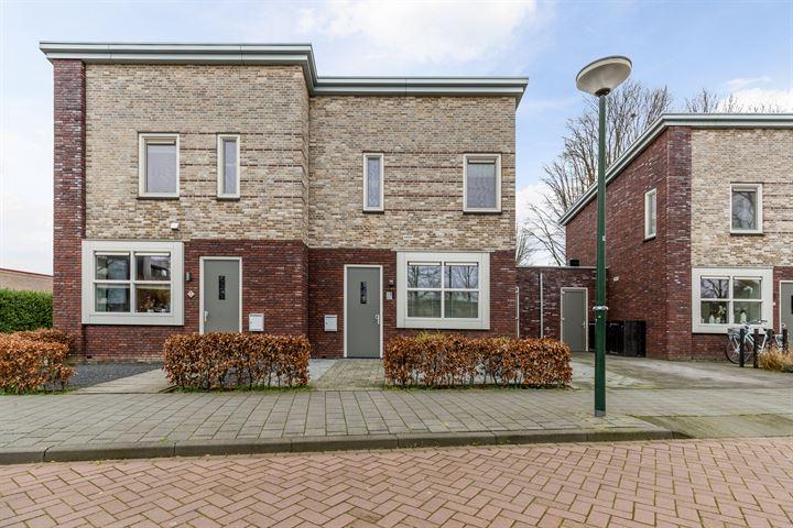 Kapelaan Woestenburgstraat 3
