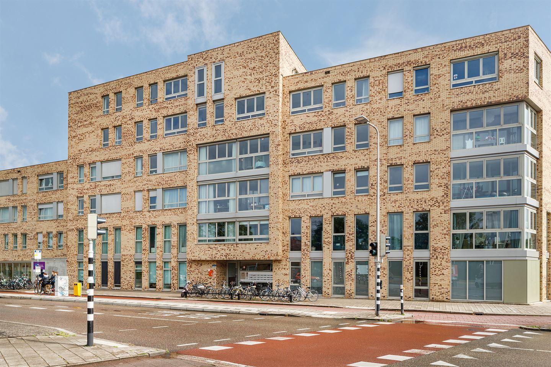 Bekijk foto 1 van Van Hoornekade 21 a