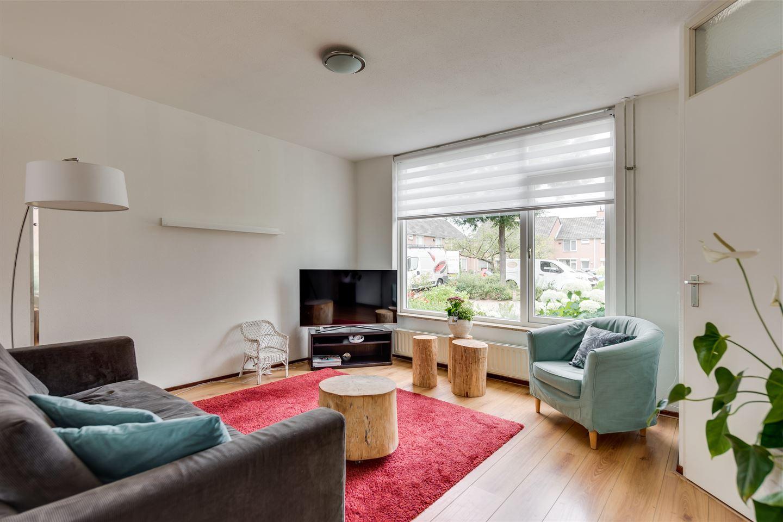 Bekijk foto 2 van Jan van Puijenbroeckstraat 32