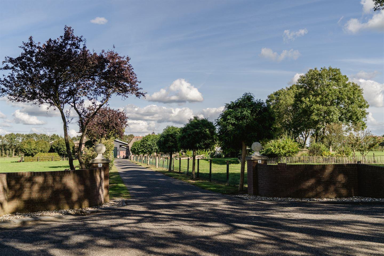 Bekijk foto 4 van Veldweg 8