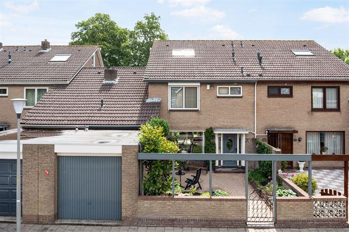 Willem van Nieuwenhovenstraat 32