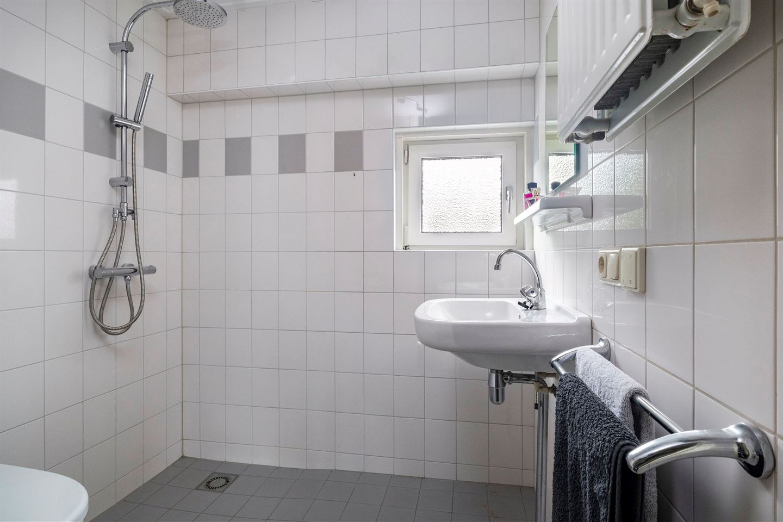 Bekijk foto 6 van Colijnstraat 22