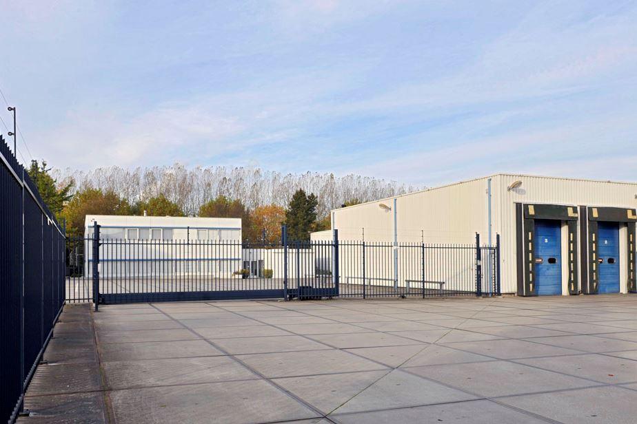 Bekijk foto 2 van Industriedwarsweg 7