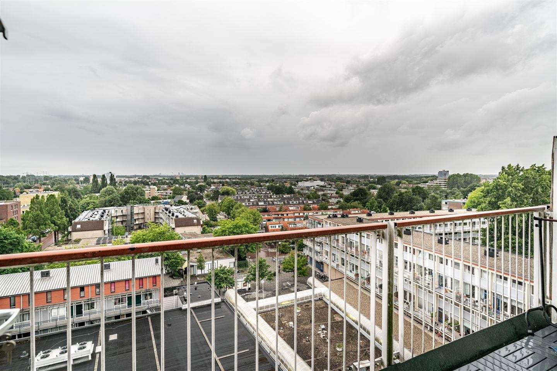Bekijk foto 2 van Opaalstraat 152