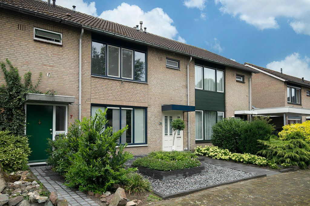 Bekijk foto 1 van Rubensplein 6