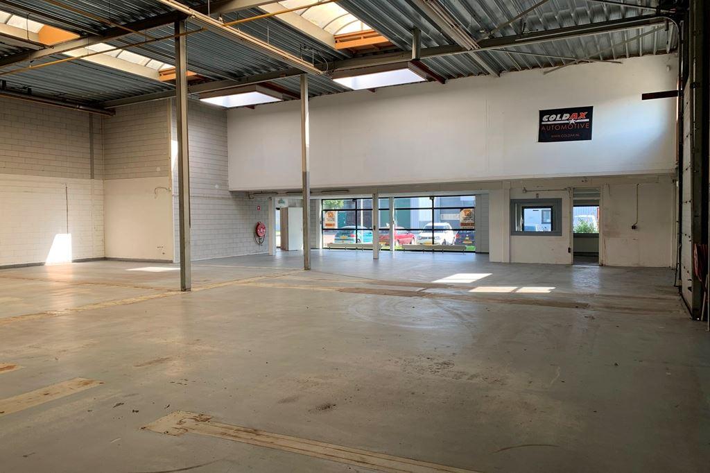 Bekijk foto 5 van Industrieweg 10 b