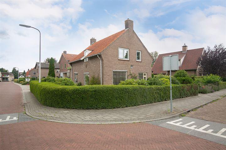Prins Bernhardstraat 21