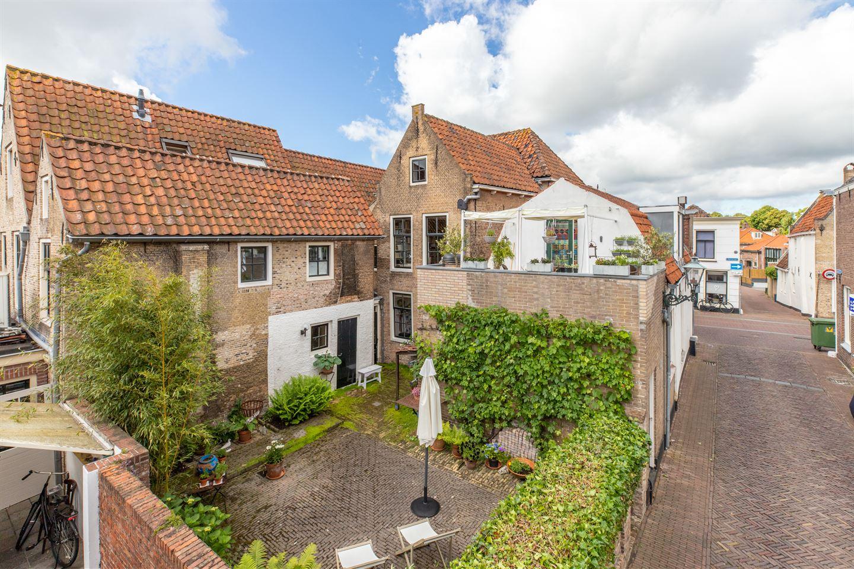 Bekijk foto 2 van Voorstraat 128 -130