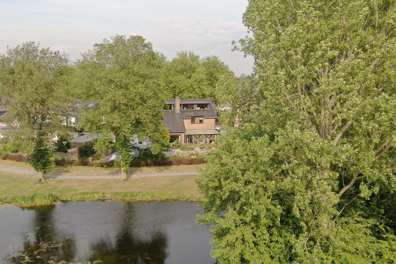 Bekijk foto 5 van Straussweg 21