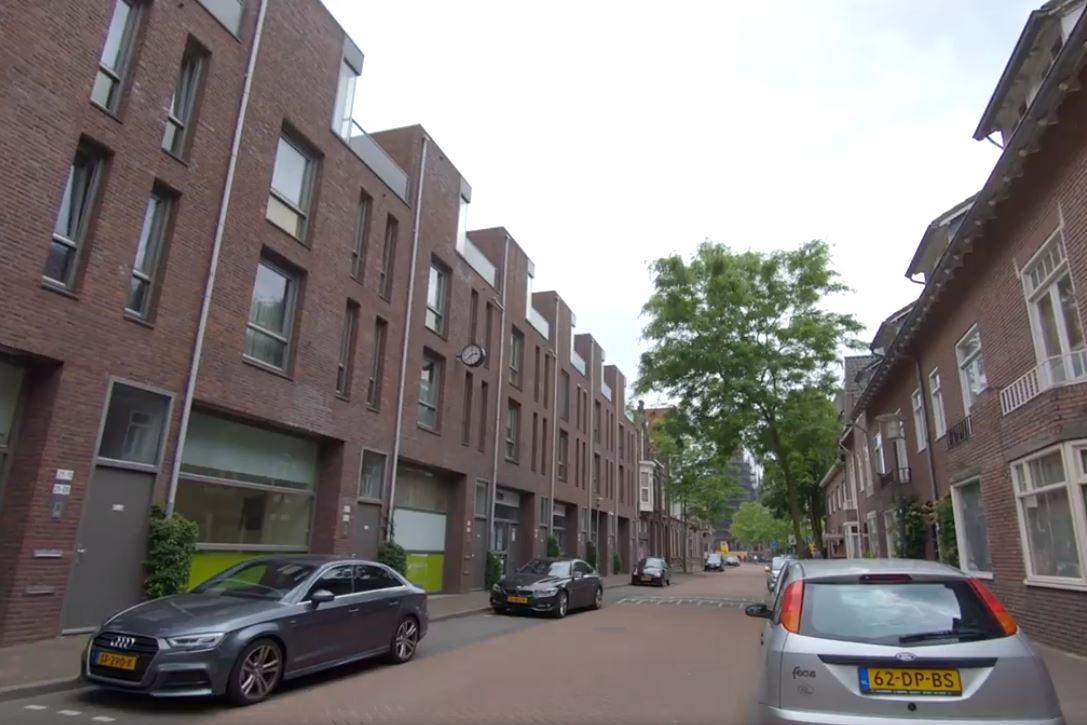 Bekijk foto 1 van Tramstraat 21 19